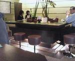 カウンター側から見たテーブル